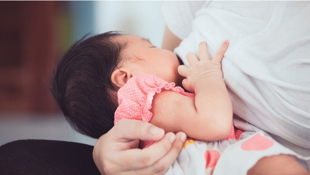 World Breastfeeding Week 2020 From Sharing Brelfies To Joining