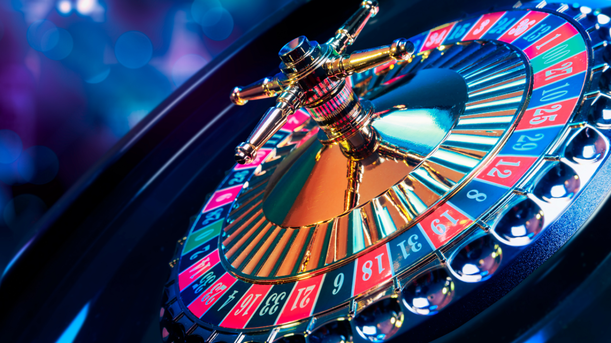 What Are the Essential Facts That Should Be Kept in Mind While Gambling Online?